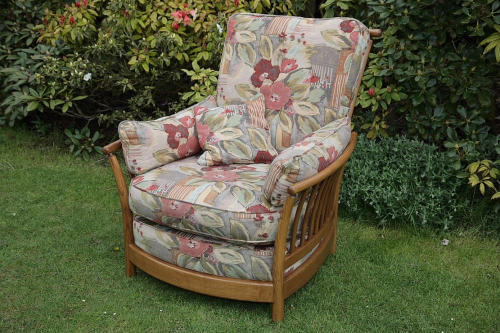 AN ERCOL RENAISSANCE ASH GOLDEN DAWN ARMCHAIR SEAT CUSHIONS SETTEE SOFA COUCH SUITE.