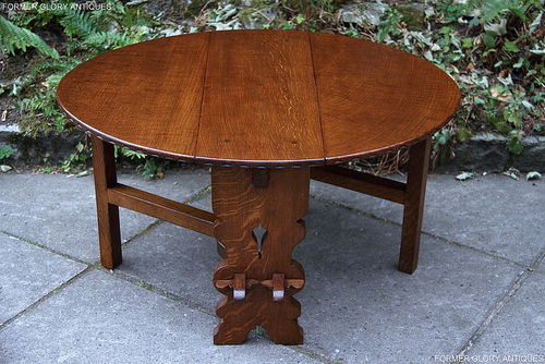 A RUPERT GRIFFITHS SOLID OAK SIDE TABLE / HARRIS GATELEG COFFEE TABLE