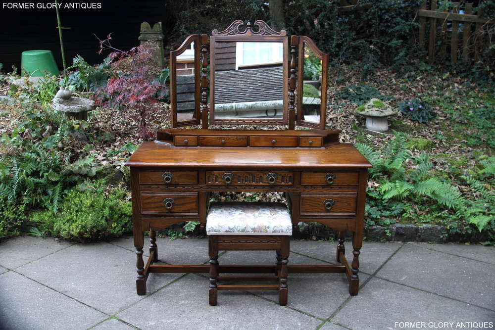 Pleasant A Wood Brothers Old Charm Carved Light Oak Dressing Table Pabps2019 Chair Design Images Pabps2019Com