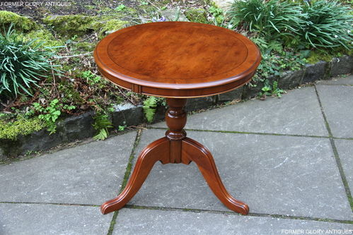 A YEW WOOD CROSS-BANDED BOX WOOD STRING INLAID COFFEE / WINE TABLE  / PLANT STAND