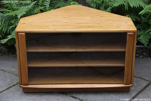 AN ERCOL WINDSOR LIGHT ELM CORNER TV CABINET / STAND