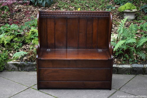 A TITCHMARSH AND GOODWIN SOLID STRESSED OAK BOX SETTLE / HALL SEAT / PEW