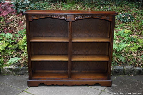 A WOOD BROTHERS OLD CHARM LIGHT OAK LOW OPEN BOOKCASE / DISPLAY SHELVES