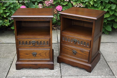 A MATCHING PAIR OF WOOD BROTHERS OLD CHARM LIGHT OAK BEDSIDE CABINETS / NIGHTSTANDS